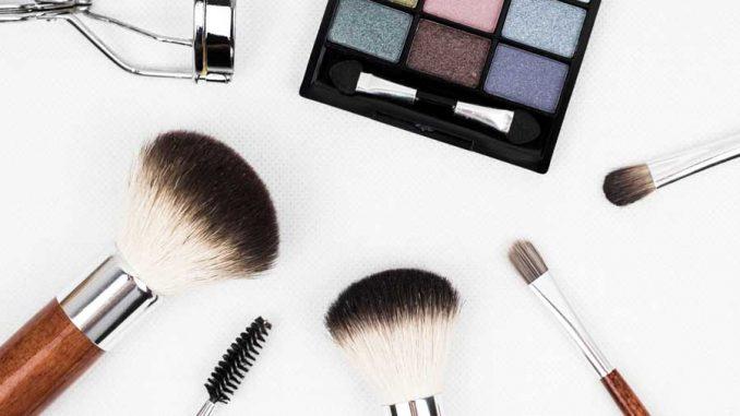 prodotti indispensabili da avere nel beauty-case